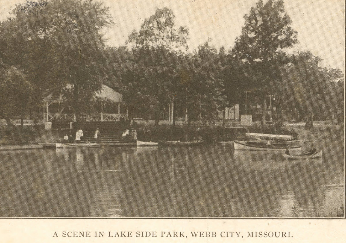 Lakeside_Park_boating_03