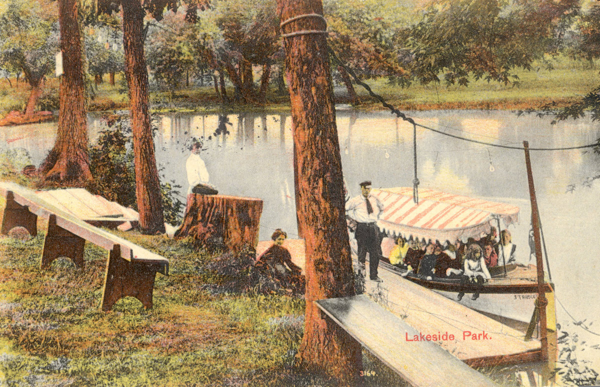 Lakeside_Park_boating_06