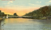 Lakeside_Park_swinging_bridge_04